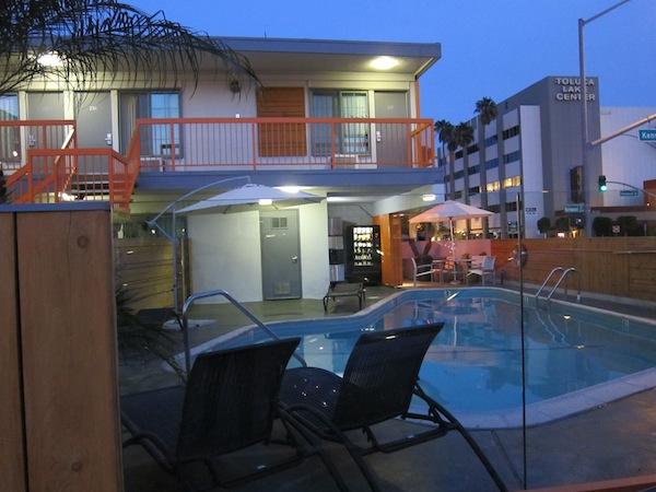 tangerine-hotel01.jpg