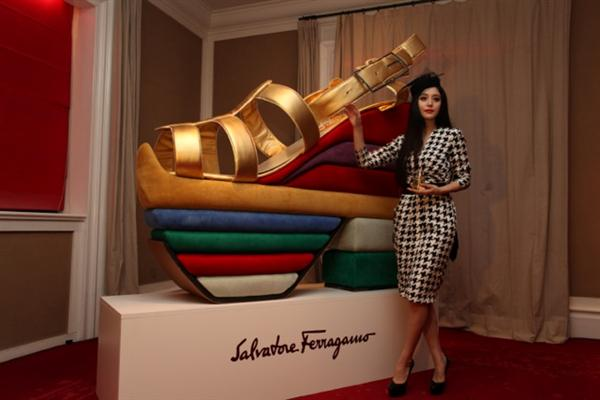 ferragamo-wedge-02.jpeg