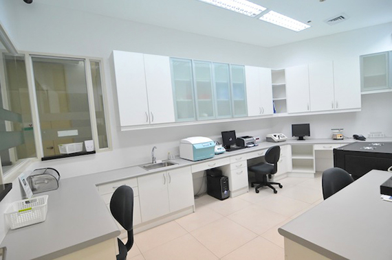 hi-precision-diagnostics-lab2.jpg