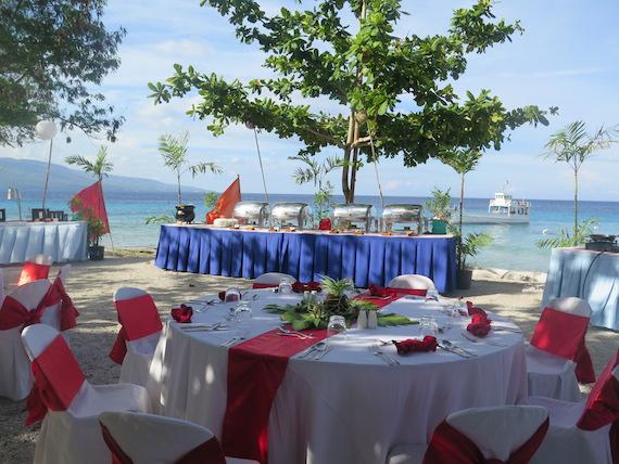 dinner-by-bluewater-lagoon-2.JPG
