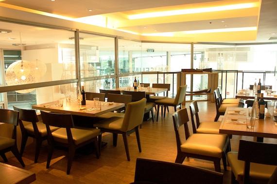 M Cafe Set up