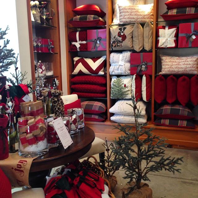 Christmas ? pillows at Pottery Barn #christmascolors #pillows #potterybarn