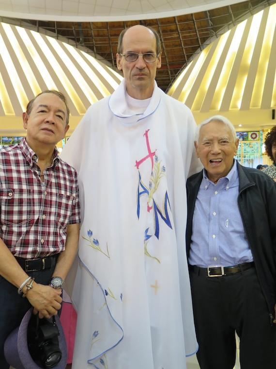 divine mercy priest opol