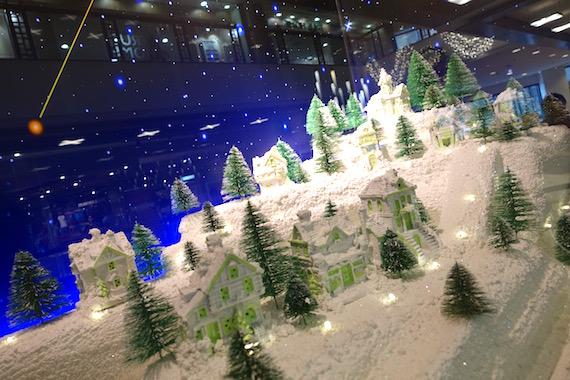 Adora Christmas Village (1)