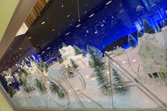 Adora Christmas Village (18)