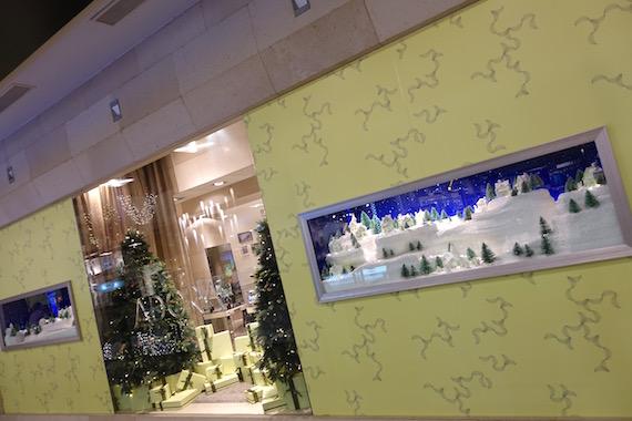 Adora Christmas Village (21)