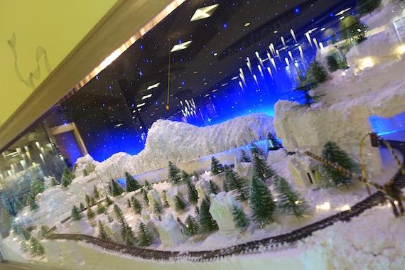 Adora Christmas Village (6)