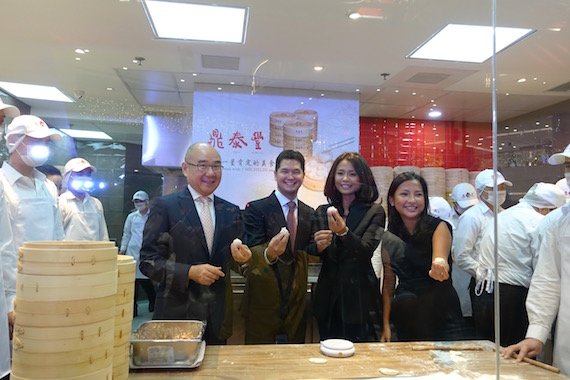 Den tai fung Opens in the_Philippines (1)