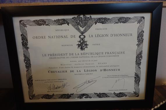 Chevalier dans l'Ordre National de la Legion d'honneur (5)