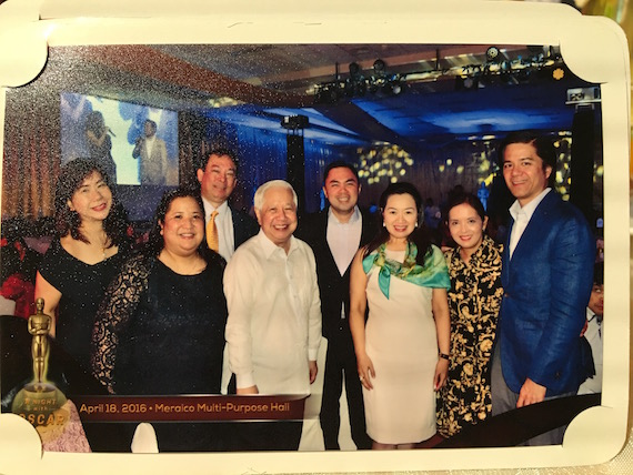 A Night with OScar Reyes group photo