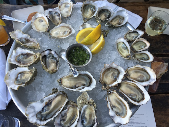 Hog Island Oyster Co. at the Ox Bow Market (6)