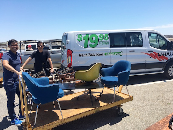 Shopping for Chairs at the Alameda Pointe Antique Faire (17)