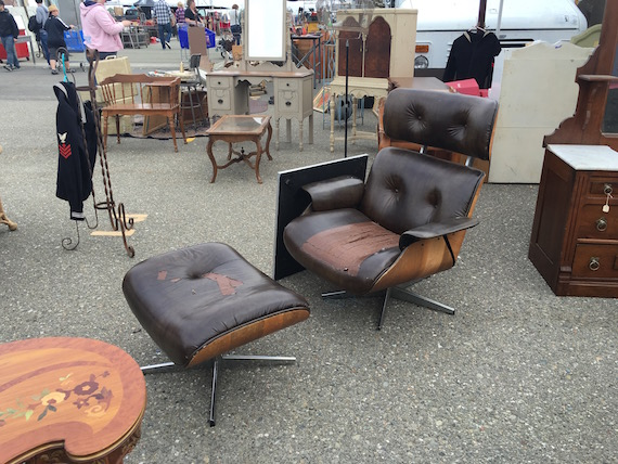 Shopping for Chairs at the Alameda Pointe Antique Faire (2)