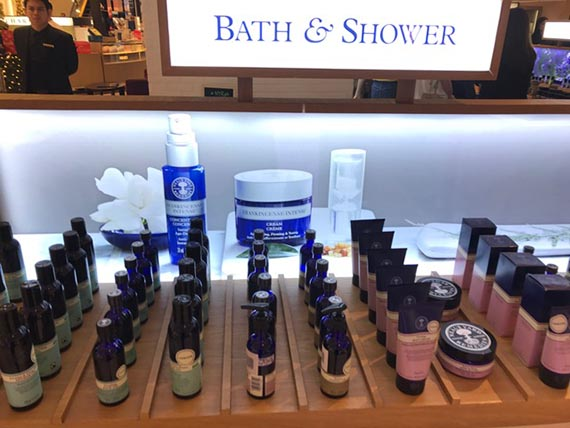 beauty-with-no-nasties-by-neals-yard-13