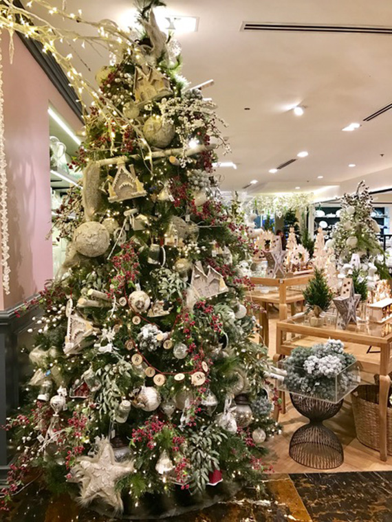 christmas-2016-at-rustans-28