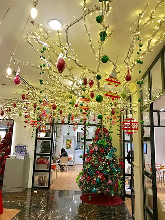 christmas-2016-at-rustans-3