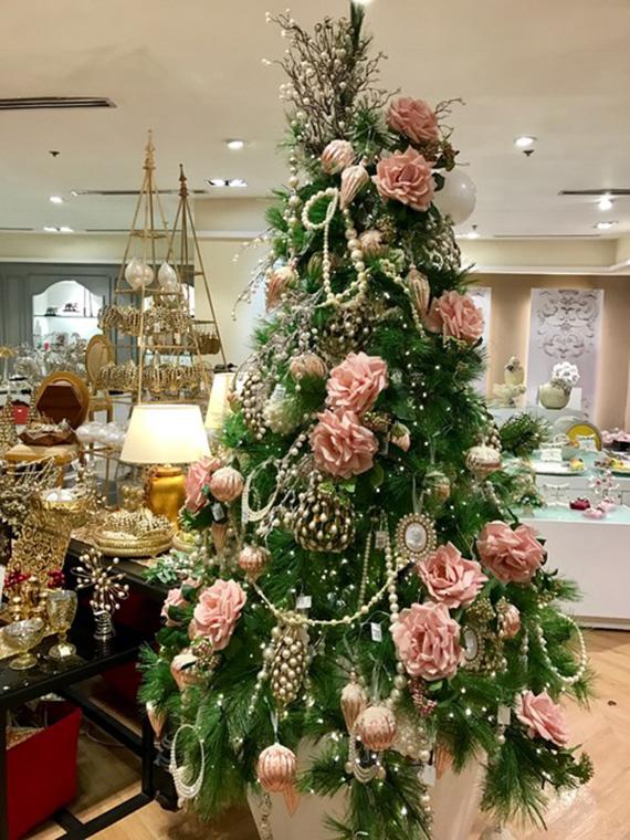 christmas-2016-at-rustans-9