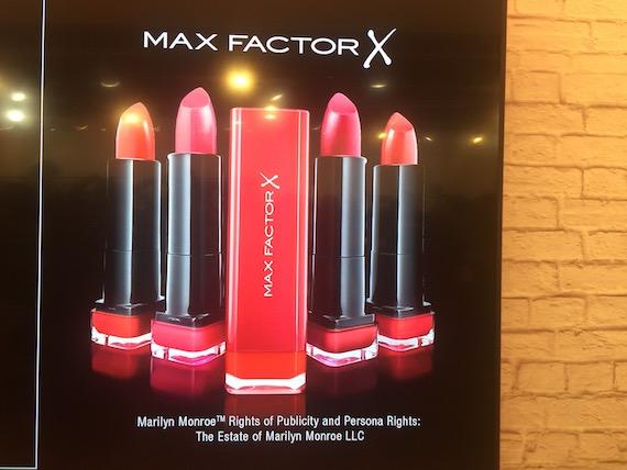 max-factor-lipstick-marilyn-monroe-red-2