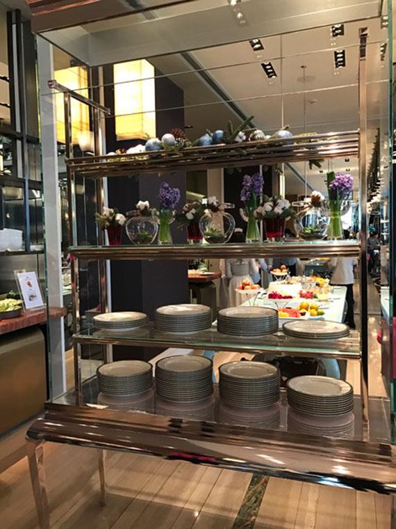 buffet-breakfast-at-cafe-un-deux-trois-14