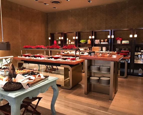 buffet-breakfast-at-cafe-un-deux-trois-36