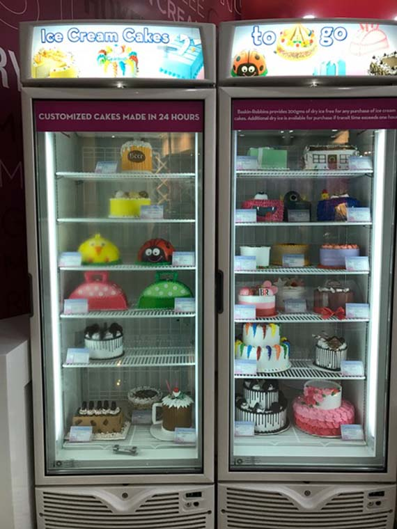 Ice cream cake at Baskin Robbins (3)