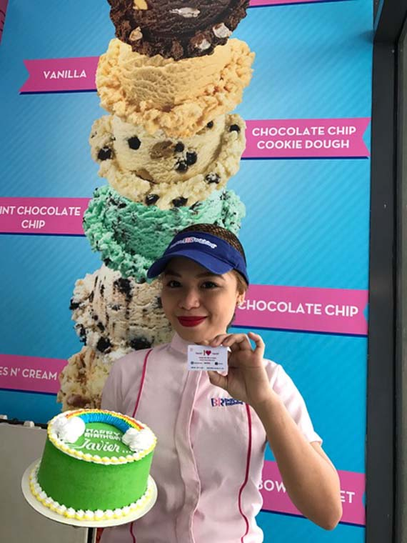 Ice cream cake at Baskin Robbins (7)