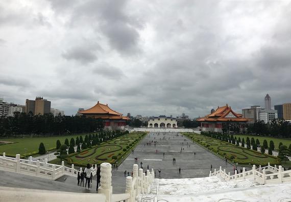 chiangkaishek memorial hall 4