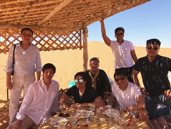 Lunch at the Desert Camp (2)