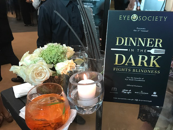Eye Society Dinner in the Dark (8)