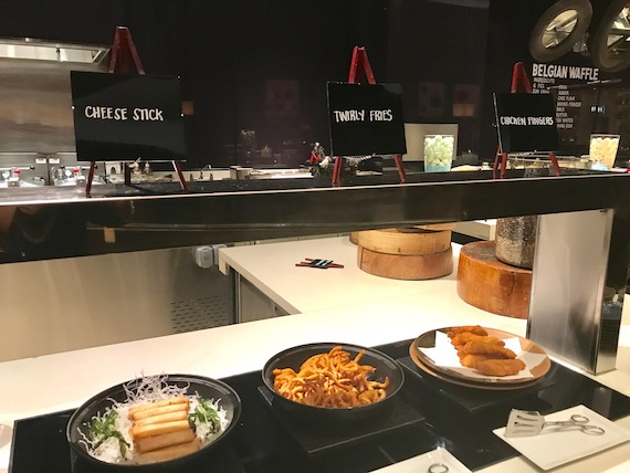 Confort food station cafe hyatt city of dreams