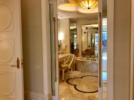 Parlor Fountain room at Wynn Palace (14)