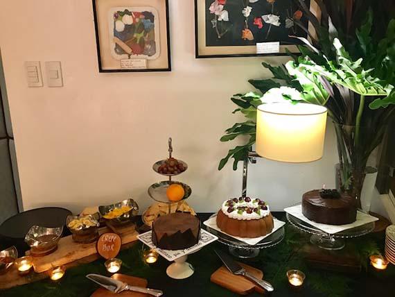 Birthday and Housewarming (26)