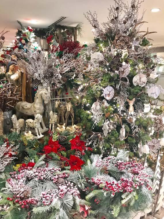 Rustan's Flower Shop Xmas 2017 (28)
