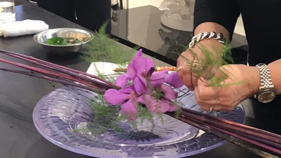 Lalique and Ikebana (16)