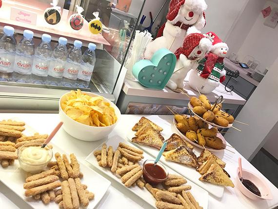 Aria's Xmas Party at the Bunny Baker (11)