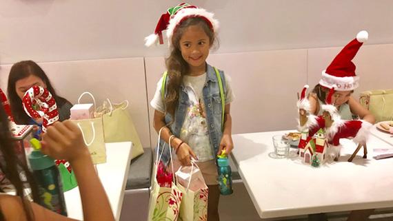 Aria's Xmas Party at the Bunny Baker (7)