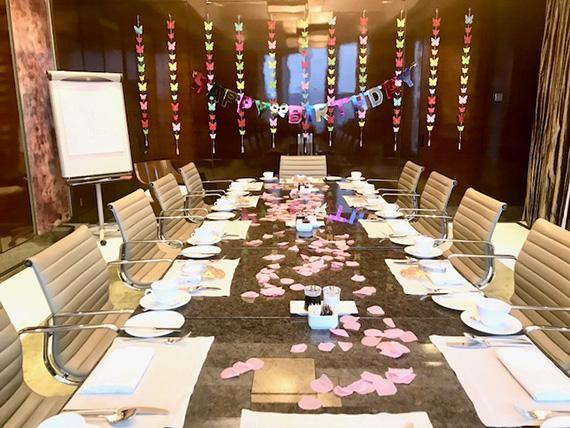 Birthday Breakfast at the Executive club (2)