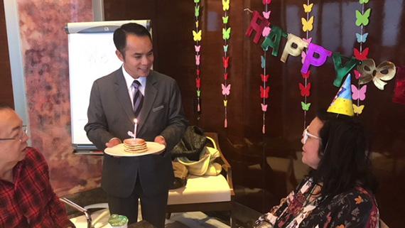Birthday Breakfast at the Executive club (8)